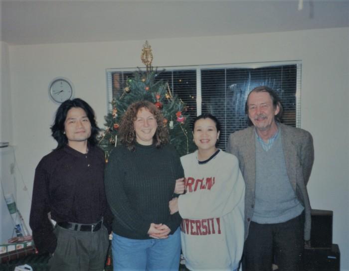 Meng Lang Heidi Chu-ling and mystery man.jpg
